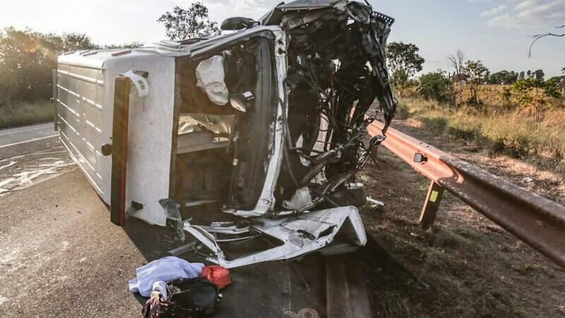 Acidente com ambulância matou duas pessoas na última sexta-feira (9)