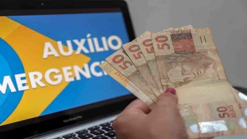 Mães solo podem receber pagamento retroativo de R$ 3 mil