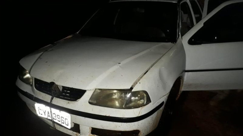 Carro foi recuperado pela PM