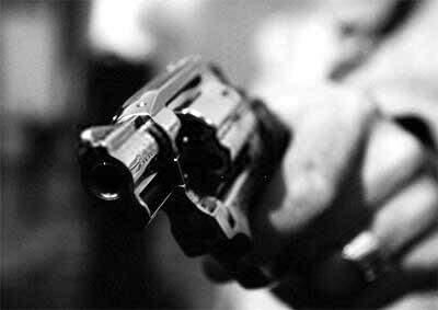 assalto_arma_revolver_sequestro_roubo.jpg