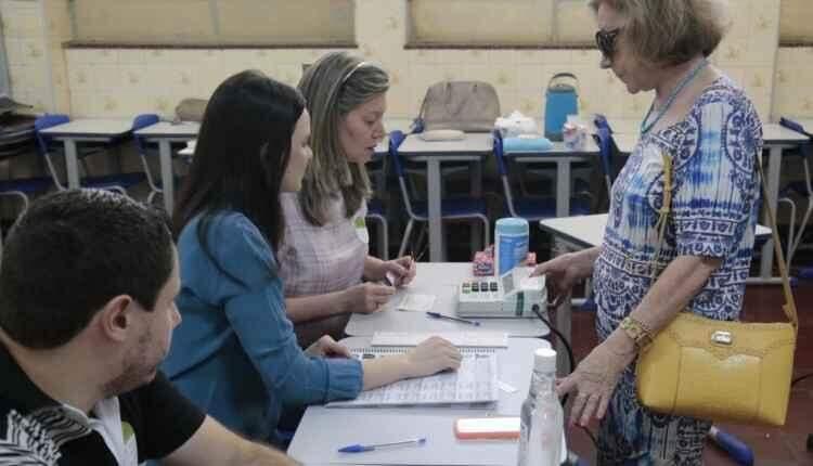 Biometria e lista de candidatos para votação favorece formação de filas nas seções eleitorais