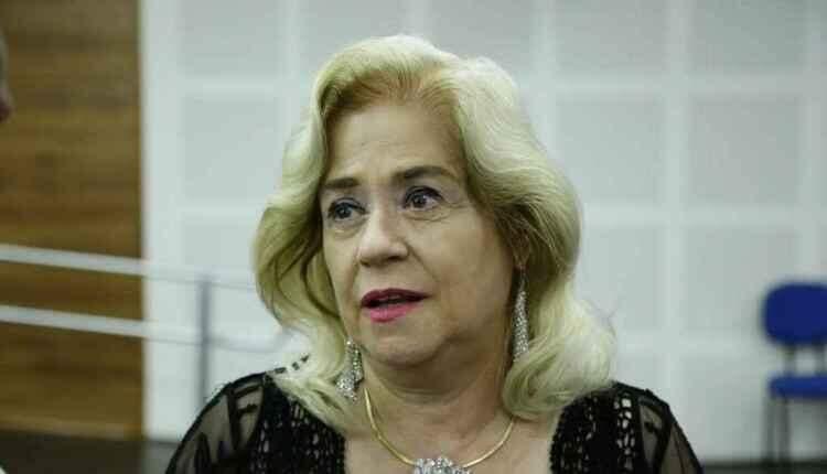 Atuando nos direitos humanos, professora recebe título de honoris causa da UFMS