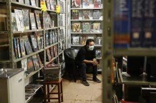 Com vendas em alta na pandemia, livrarias do Centro temem volta de impostos
