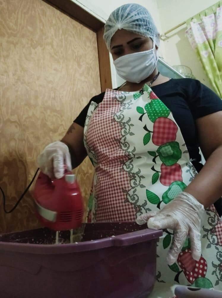 De vendedora de amendoins no Nova Lima, ela se tornou uma confeiteira de mão cheia