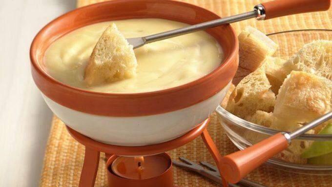 Fondue: a delícia perfeita para o frio e que pode ser doce ou salgada