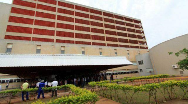 Hospital relatou ter tratado 257 casos de coronavírus, dos quais 122 já tiveram alta e 19 morreram; só 5 dos 83 leitos críticos estão vagos.