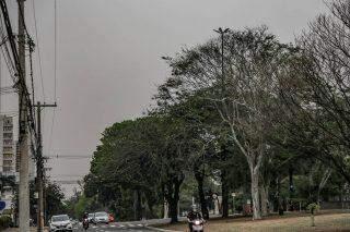 Banho, nem pensar: meteorologia alerta para possibilidade de 'chuva negra' em MS
