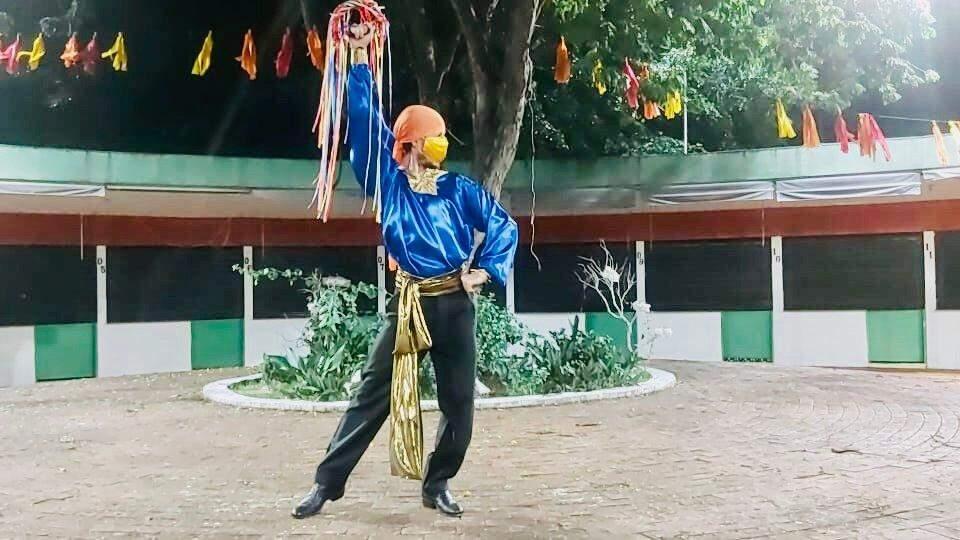 Cultura Cigana é exaltada em MS por grupo de dança, liderado por uma cigana de etnia