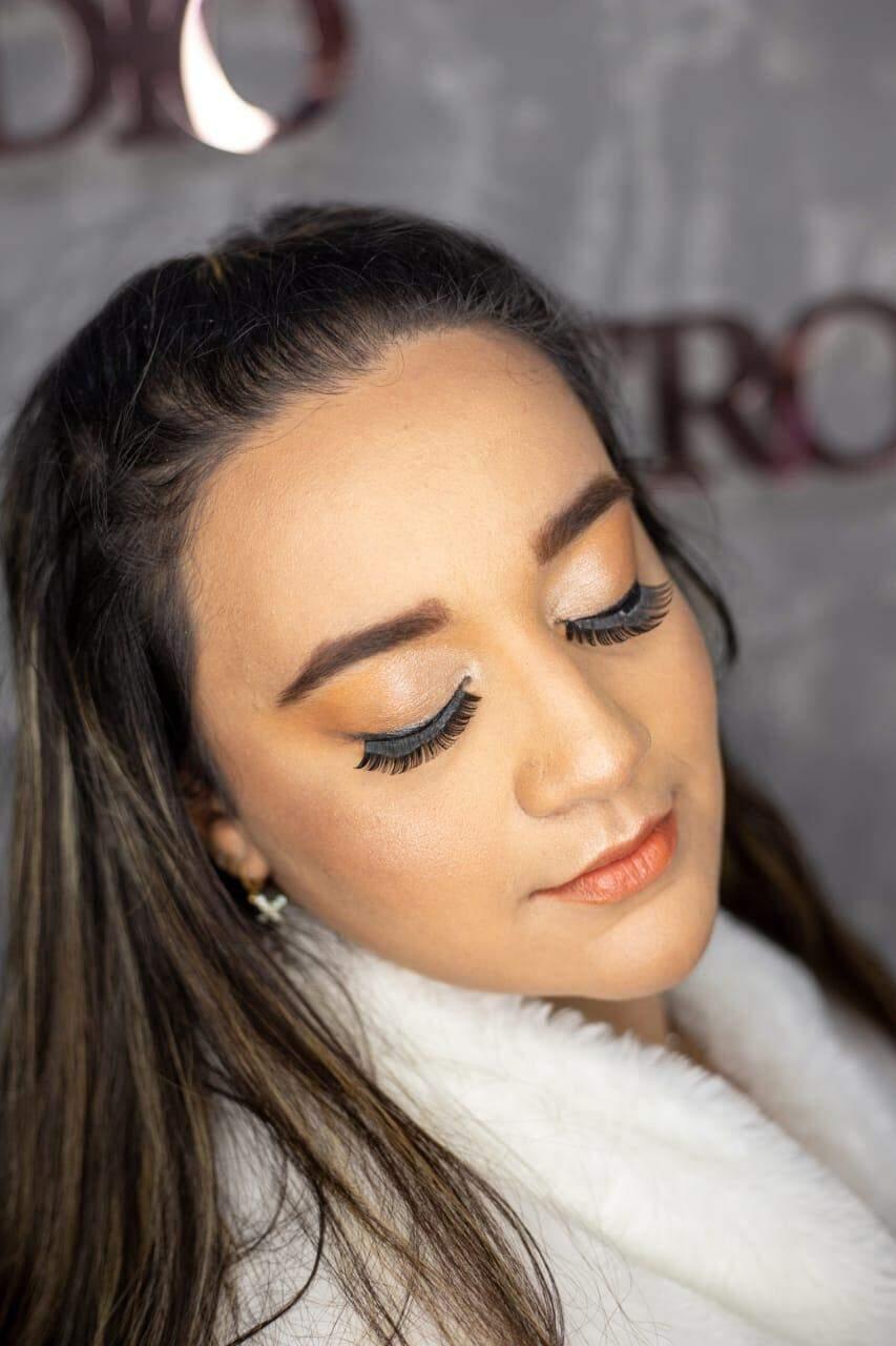 Aos 14 anos, maquiadora do Santo Amaro faz rifas para realizar sonho do estúdio próprio