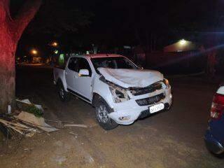 Motorista abandona S10 e foge após furar sinal vermelho e matar motociclista atropelado