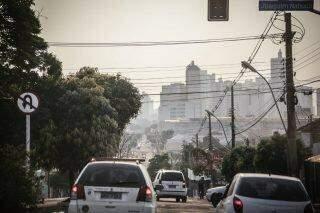 Céu amanhece cinza em Campo Grande |