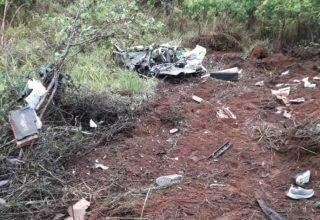 Acidente entre carreta e carro de passeio deixa três mortos na BR-262