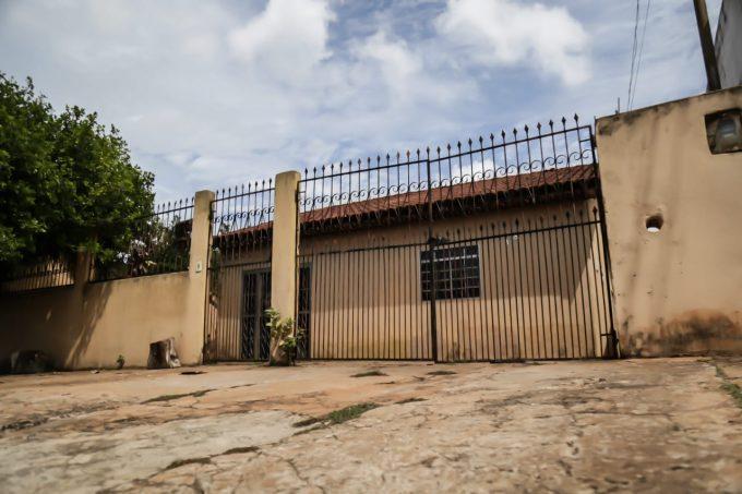 Corpo de menino de 15 anos é encontrado por primo dentro de freezer em Campo Grande