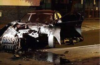 Perseguição termina com prisão, jovem ferida e carro destruído no Silvia Regina
