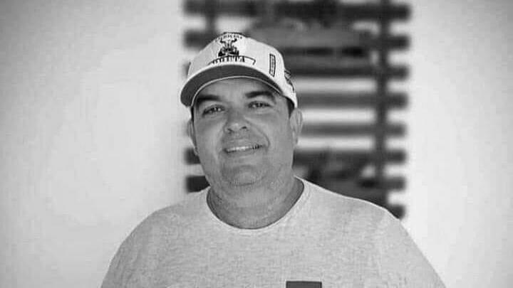 Morre o sertanejo Paulo Sérgio Domingos, vítima do coronavírus