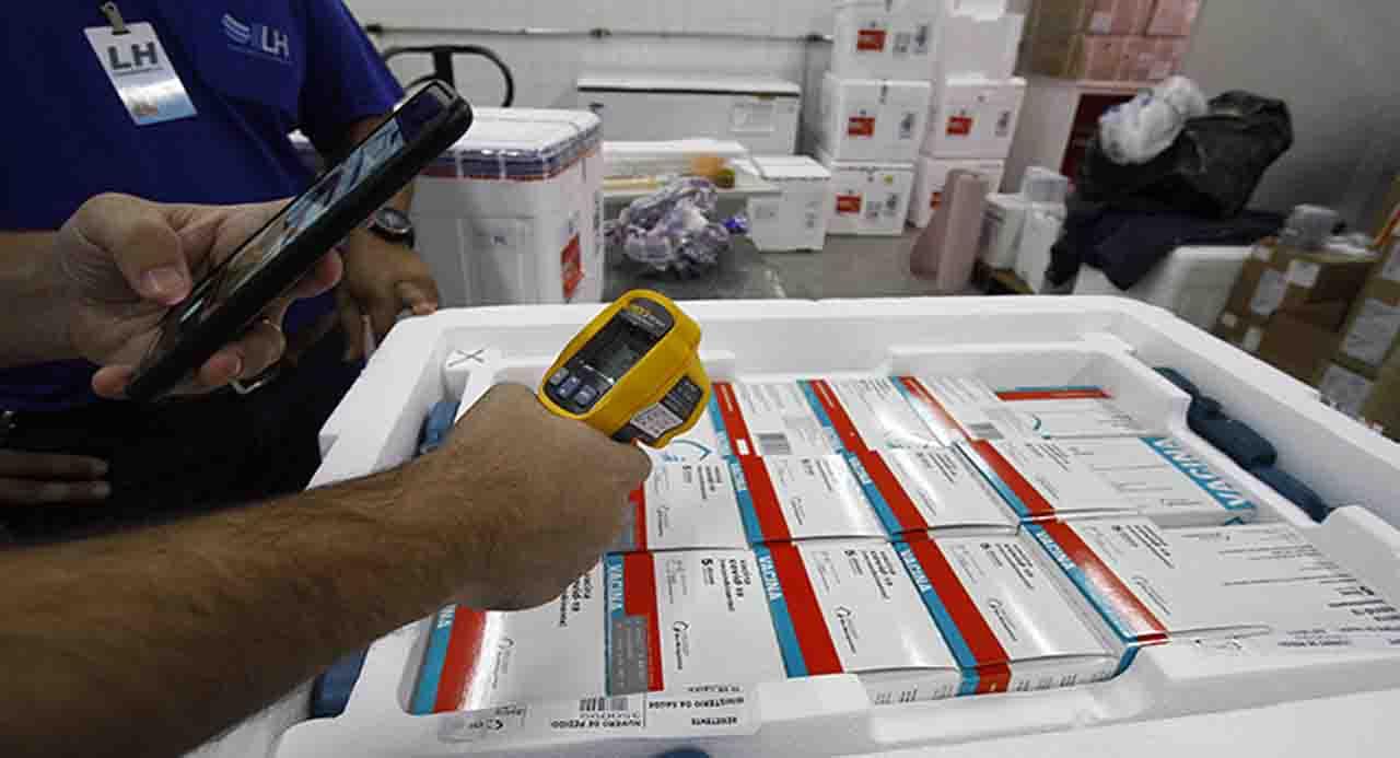 MS recebe remessa com 67,6 mil doses de Pfizer e Astrazeneca nesta quinta-feira
